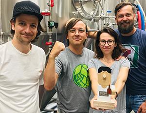 """Anteprima dell'articolo - Il titolo """"Best EU Brewery Pan IPAni, Misty"""" per Trzech Kumpli"""